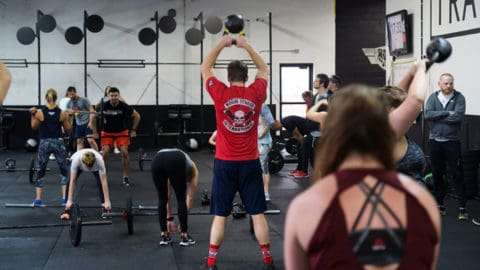crossfiters doing a wod